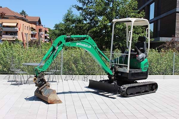 Bagger 1.8 Tonnen von Grün-Stich Gartenbau